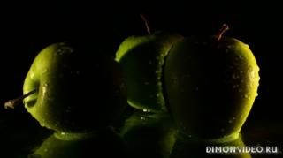 iabloki-frukty-makro