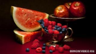 frukty-yagody-arbuz-yabloki