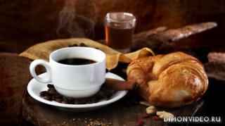 koritsa-chai-kruassan-kofe