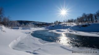 zima-sneg-rechka-solntse