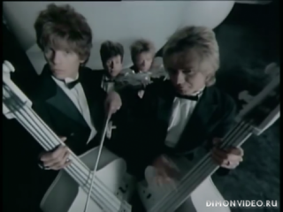 The Cars - Tonight She Comes (Official Music Video)