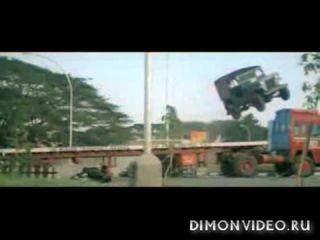 Топ 5 самых опасных трюков индийского кино
